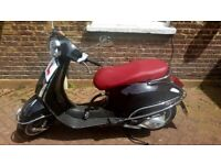 VESPA PRIMAVERA 125cc, Sept 2017, Excellent Condition, only 290 miles.