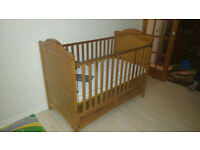 Mamas and Papas Ophelia Cot/Bed