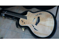 Taylor T5 - S1. As new