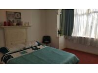 Double room in Tooting Bec. Available from 01/08.