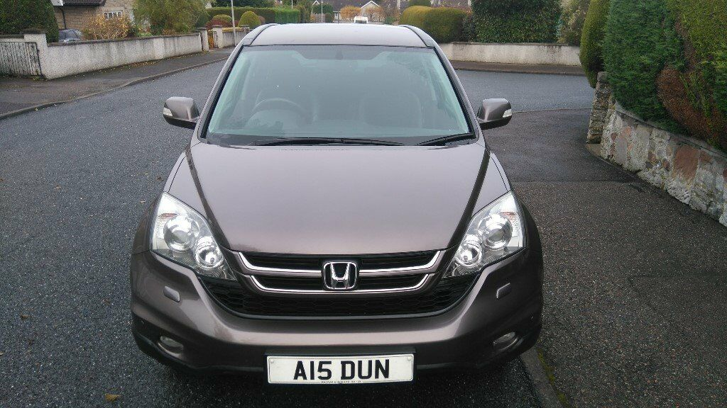 Honda CR-V (2010) - low mileage - in excellent condition