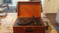 Crosley Traveller Record Player Turntable