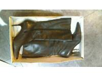 Kaliko size 8 knee high leather boots