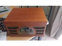 CROSLEY 2450-4M Wooden Retro Turntable CD/Cassette & Radio Player.