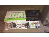 Nintendo Wii Sports Resort Console and Fit board , Motion Shock controllers x2