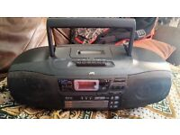 JVC BOOMBOX MODEL RC-XC1 PORTABLE CD CHANGER, 3 DISC TRAYS , AUDIO & TAPE DECK