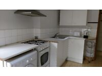 FLAT TO LET (inc all bills)