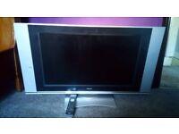 """LCD 32"""" TV"""