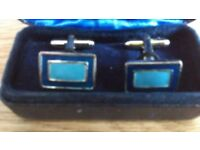 THOMAS NASH MENS CUFF-LINKS IN BOX - RECTANGULAR WITH DARK BLUE OUTER AND TURQUOISE INNER COLOURS