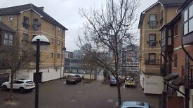 - 2bedroom property in E16 next to docks and DLR station available mid Jan!