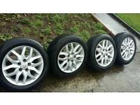 """Toyota auris avensis genuine 16""""alloys good tyres"""