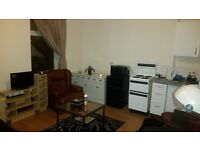 Studio with Bills Included - South Norwood - SE25