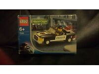 Lego 7030. world city Police car. 2003. built nop played with kept in box