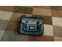 Shoulderbag /handbag