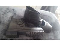 OFFICE black boots size 41...only worn a few times...great condition!