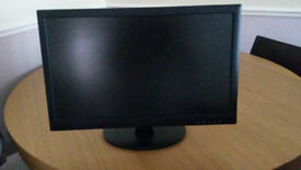 PC Monitor 18 inch screen