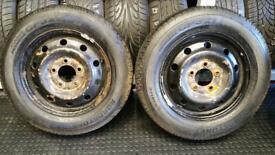205 65 16 C 2 x tyres Roadstone Classe Premiere CP321