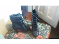 Black Ladies Lace up Boots Heels Size 5 excellent condition