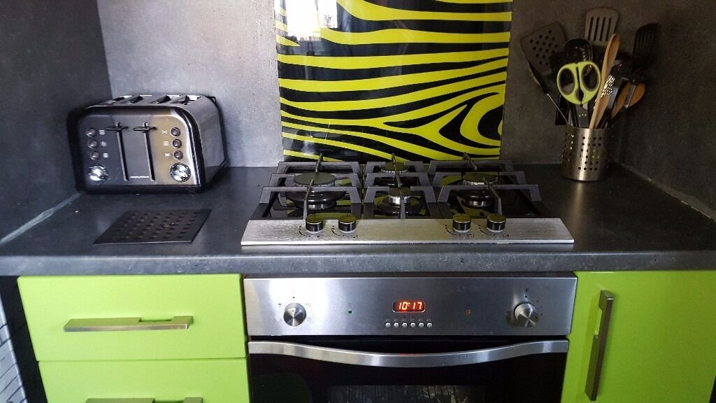 Kitchenin Rutherglen, GlasgowGumtree - Black and lime gloss Kitchen ready to go next weekend(9th july) Hob and oven not for sale DesignerSink and tap £70(no offers) Units, splashback, worktop,washing machine,fridge freezer and slimline dishwasher MAKE ME AN OFFER Please no time wasters