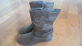 Toddler girls boots size 3