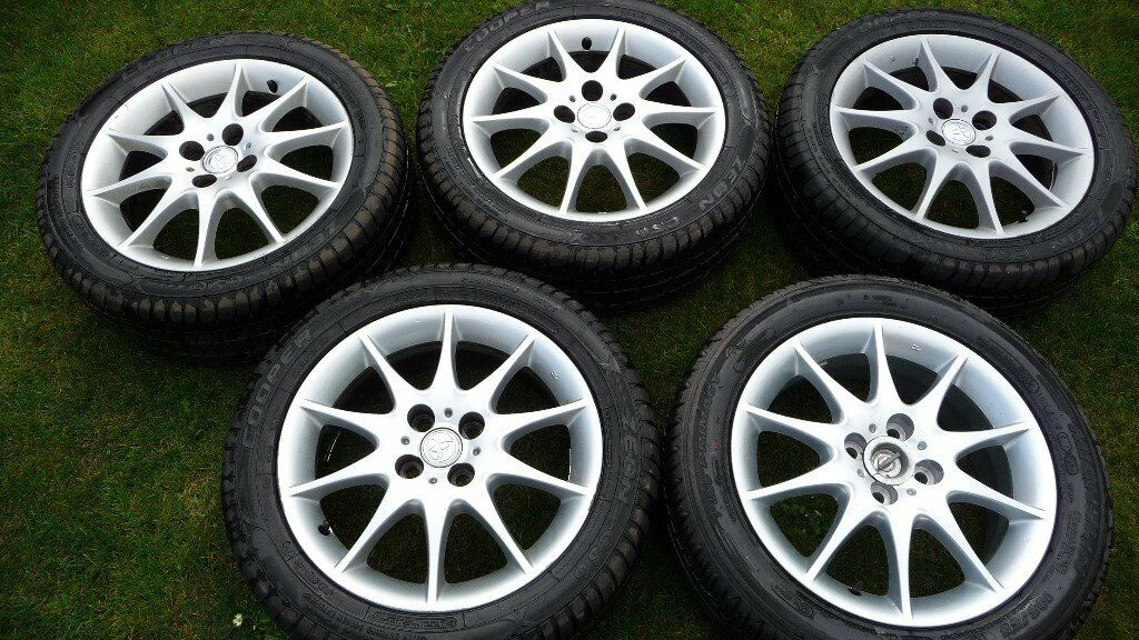 Toyota Corolla Alloys and Tyres