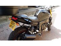 nice clean Yamaha FZ8 very low miles,