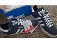 BNWT Adidas Samba Suede Shoes 9
