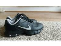 Nike tac golf shoes size 1.5