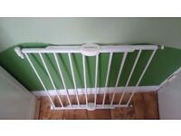 Lindam child safety gate used