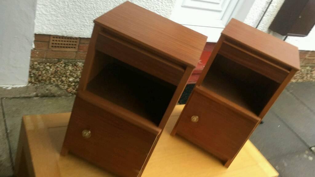 2 Bedside Cabinets in Lanark