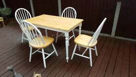 Farmhouse cottage table and 4 chairs