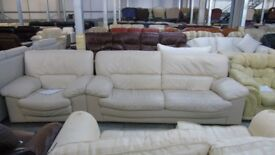 PRE OWNED Natuzzi 1089, 3 seater sofa + 2 x chairs in Cream Leather