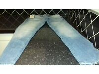 BRAND NEW PAIR OF MENS JEANS WITH TAGS ON**