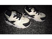 Nike hurrachies
