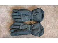 the north face gore-tex gloves good as new size small