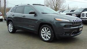 2016 Jeep Cherokee LIMITED - EVERY OPTION GROUP !!!! 8,900 KMS!!