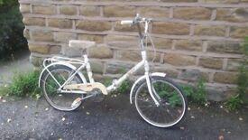 Vintage Retro Apollo Cycles Wayfarer Folding Bicycle Bike White Womens Ladies Adult Size