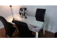 Mirror Dining Room Table with 4 Chairs. Nearly new.