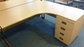 4 x corner office desks with draws on a January sale just £35 each