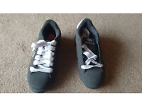 Heeleys mens roller shoes size 8 UK
