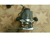 electric plunge router 1/4""