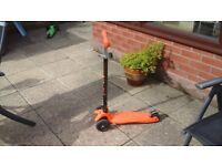 Fab MAXI MICRO DELUX SCOOTER unusual colour ORANGE