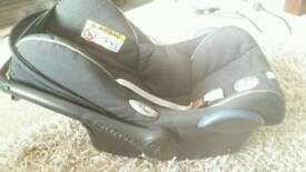 Maxi cosi car seat from birth, Also compatible with isofix base