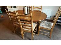 Oak sideboard and table with 5 chairs