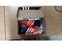 Amazing Adidas 15.1. size 8.5 UK