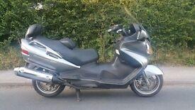 Suzuki Burgman 650 Scooter motorbike 2010 60 Plate LOW MILES