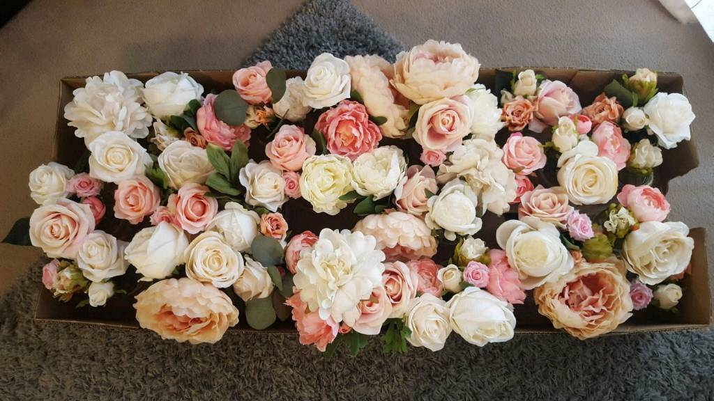Artificial Flowers - great quality and condition