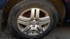 VW Golf Alloys & virtually new tyres