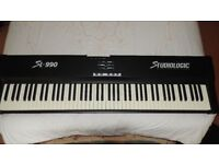 SL990 Studiologic keyboard