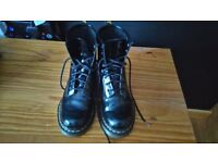 Dr Martens size 5 Nearly New